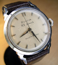 1953 Bulova 23 jewel automatic fancy lugs