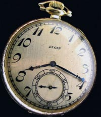 12 size open face 1920's pocket watch