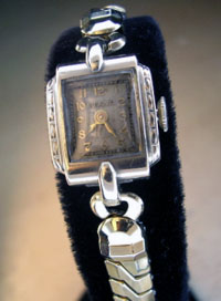Bulova ladies wrist watch 1947
